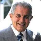 Yazar resmi Ahmet Yüksel