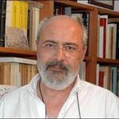 Yazar resmi Enis Batur